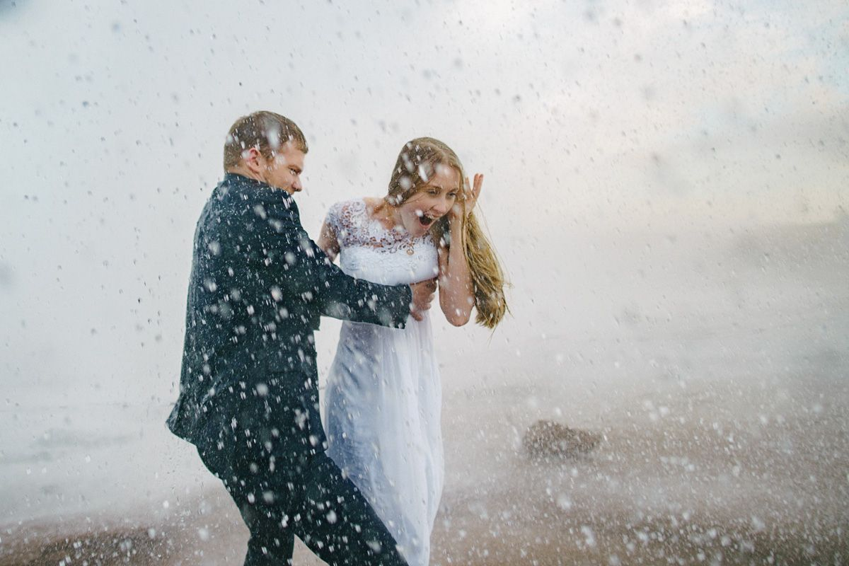 Iceland wedding, geyser shooting, Iceland photos