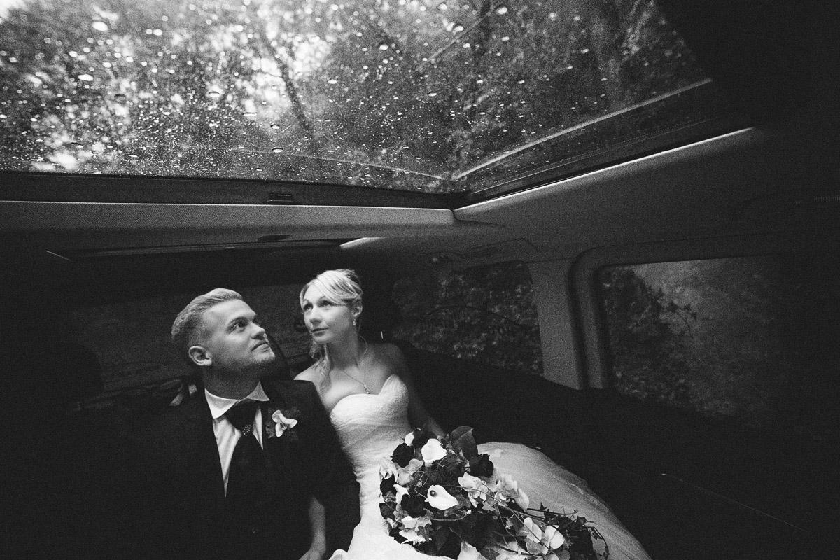 Gute Hochzeitsfotos im regen